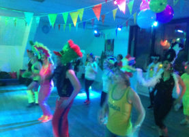 Salle2 Zumba Carnaval Party2